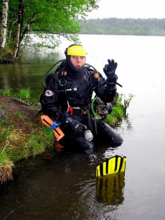 SDI Dry Suit Diver Specialty