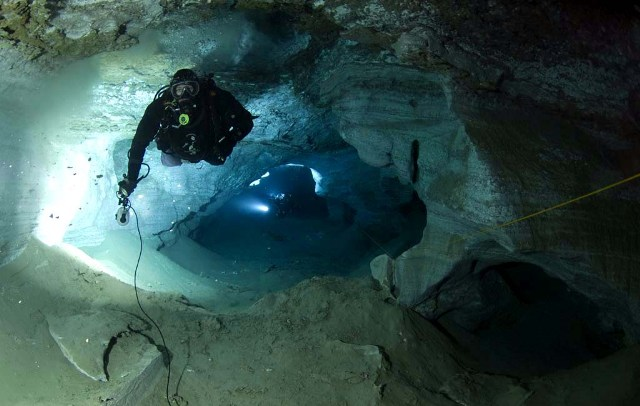 TDI Full Cave Diver